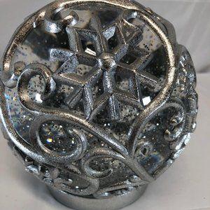 "6.5"" Illuminated Snowflake Glitter Sphere by Valer"
